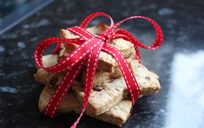ao-christmas cranberry cookies -tied with ribbon