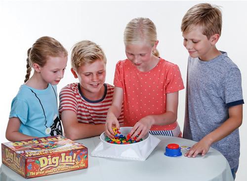 dig-in-4-kids-marsha-digging-hr-500