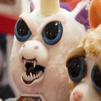Christmas Gift Reveiw: Feisty Pets Glenda Glitterpoop
