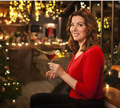 Christmas tv 2017 bbc itv channel 4 and more festive for Under the christmas tree 2017