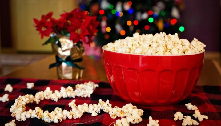 Popcorn bowl at Christmas