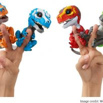 Image of Fingerlings Untamed T-Rex