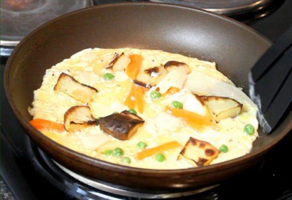 WATCH: How to make Christmas dinner left over Omelette