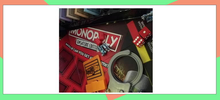 Image of monopoly cheaters edition inside box