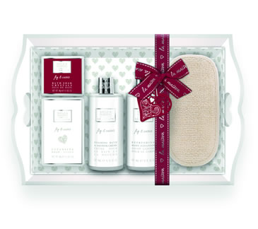 Baylis and Harding La Maison Fig And Cassis Set