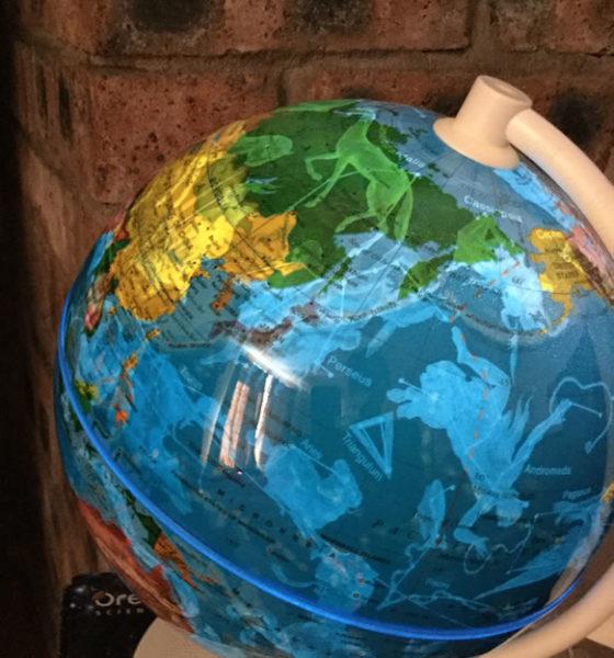 Oregon Scientific Smart Globe On
