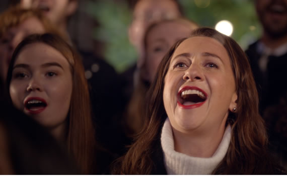 Boots Christmas advert - Claire in the choir