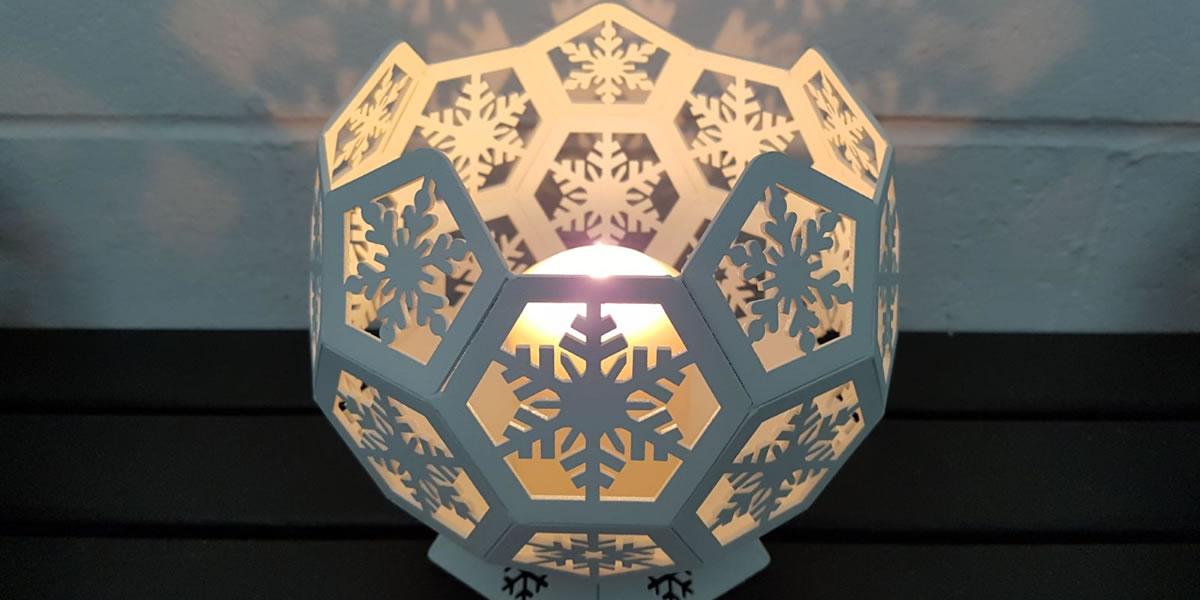 Image of Blazing Balls candle holder