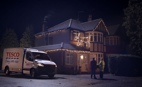 Tesco Everyone's Welcome Christmas advert