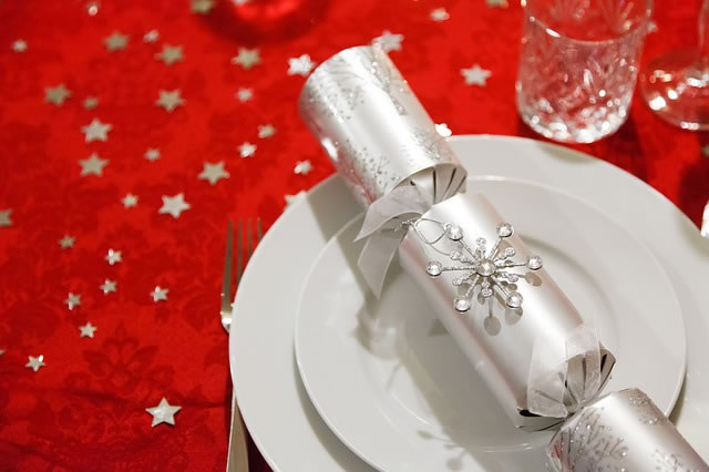 Christmas Crackers For The Table