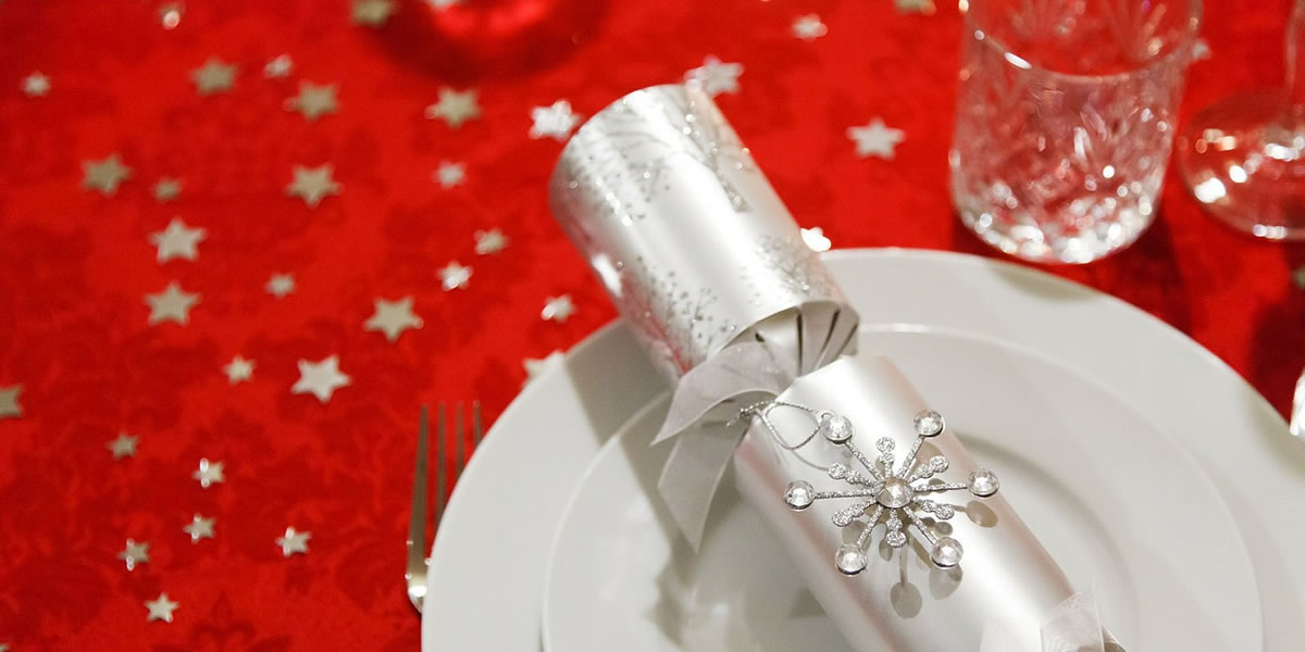 Image of Christmas cracker with plate
