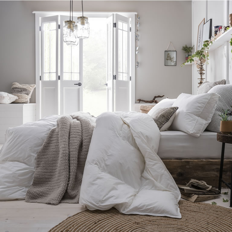 Best Down-Free Bed Linen - The Fine Bedding Company