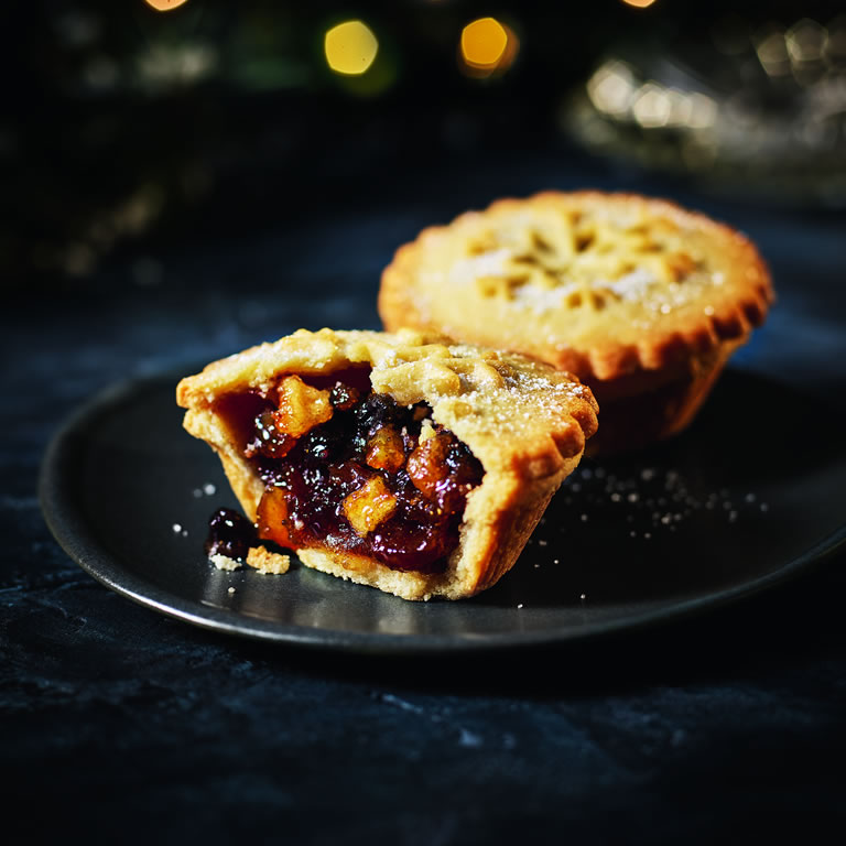 Tesco Finest 6 All Butter Pastry Deep Filled Mince Pies with Courvoisier®VS Cognac