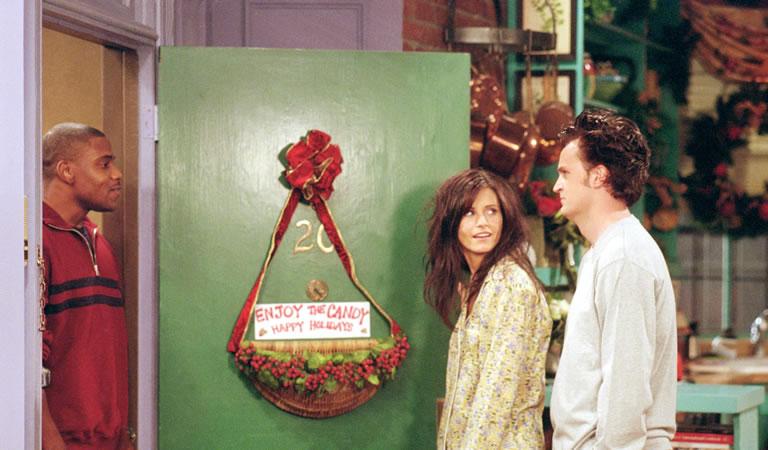Image of Monica and Chandler Christmas scene