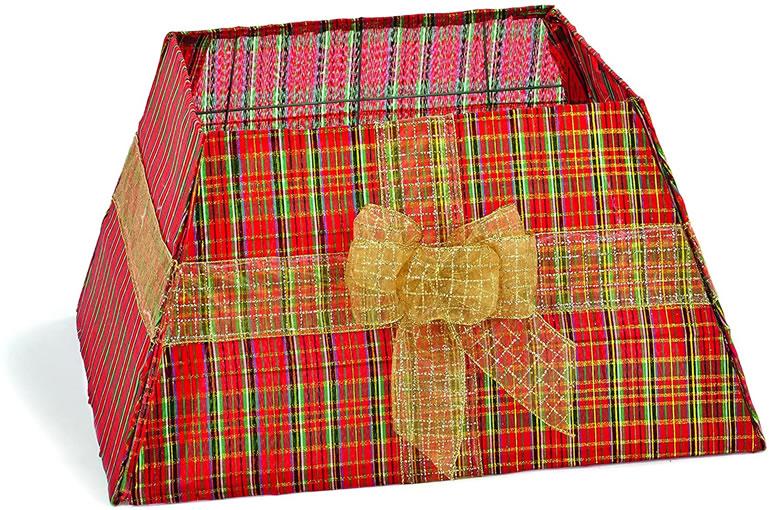 Home Source Tartan Christmas Tree Collar