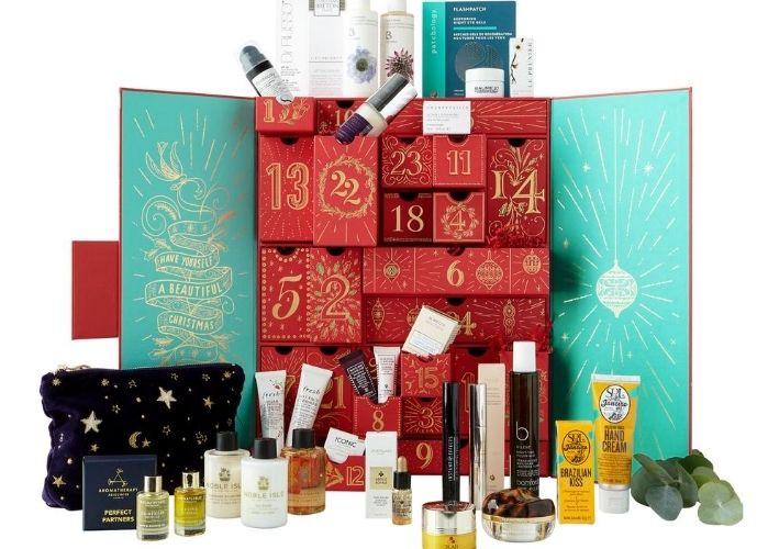 Fortnum & Mason Beauty Advent Calendar 2020 - inside box