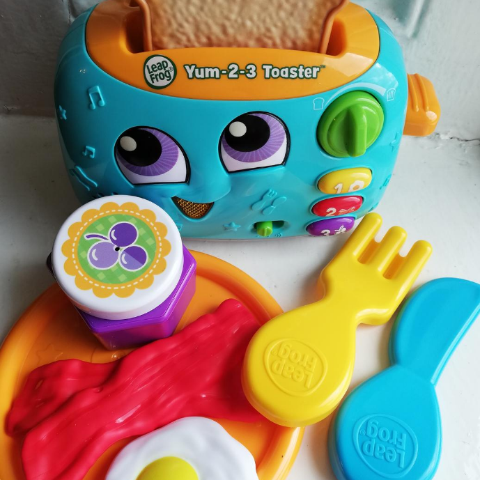 Christmas Gift review 2020: LeapFrog Yum 2-3 Toaster