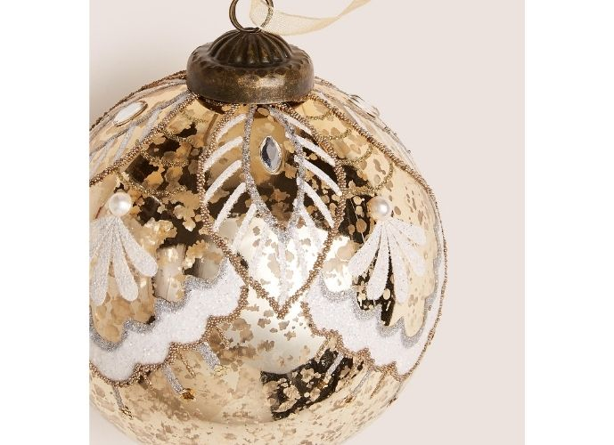 Marks & Spencer - Lace and Mercury Bauble with Pearl