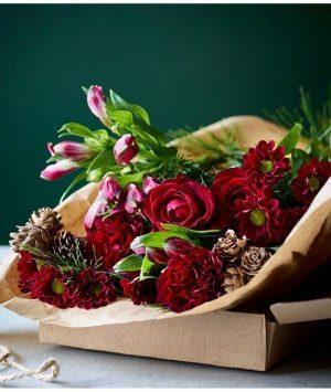 Christmas Flowers 2020: Waitrose Christmas Festival Letterbox