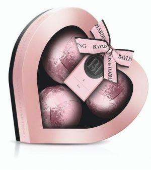 Baylis & Harding Jojoba, Vanilla & Almond Oil Heart Fizzer Giftset