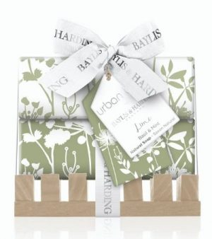 Baylis & Harding Urban Barn Luxurious Duo Soap Bar & Dish Gift Set