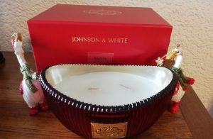 Johnson and White Aromas Limted Edition Aspen Christmas candle Open