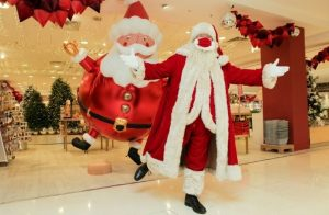Selfridges Santa wearing mask