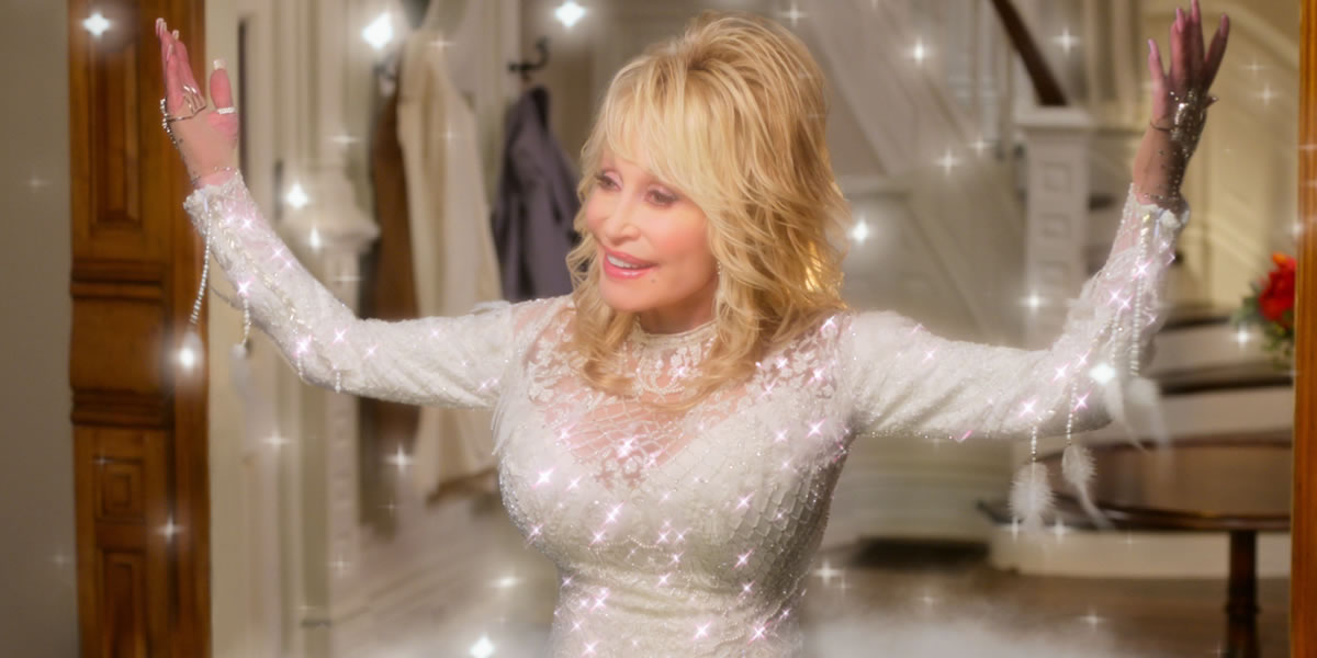 Image of Dolly Parton in Christmas on the Square Netflix