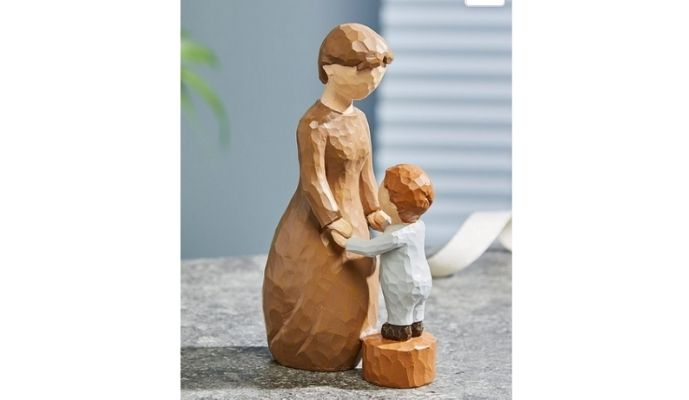 Studio.co.uk Black Friday - A Grandmothers Love Figurine