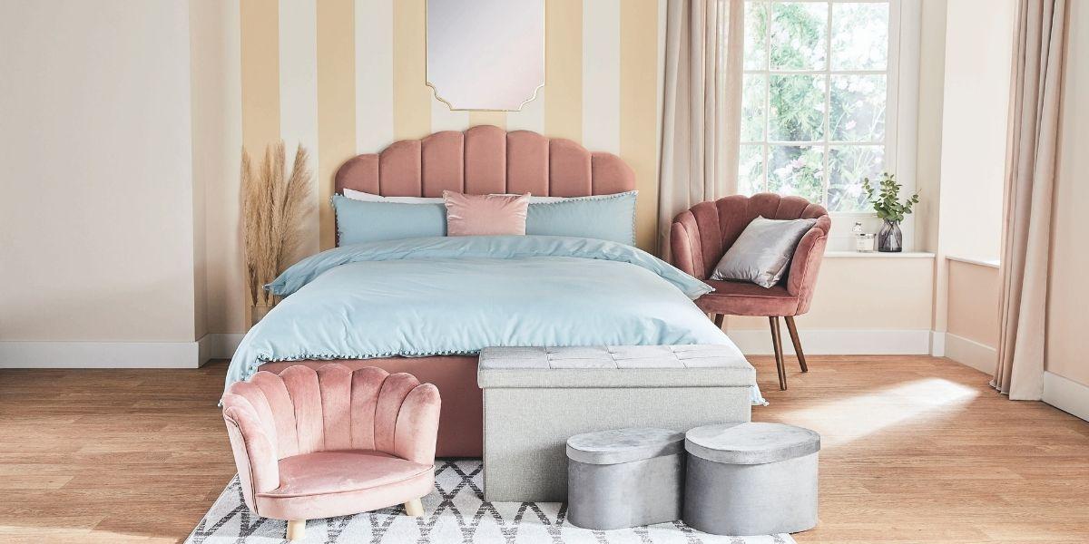 Aldi Scalloped Pet Bed Range