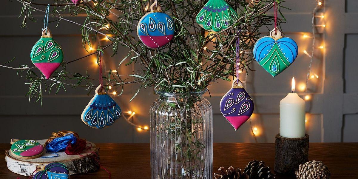 Biscuiteers Christmas Tree Decorations Luxe Biscuit Tin