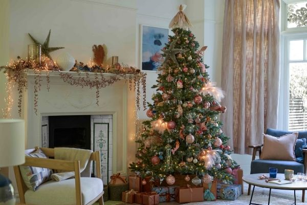 John Lewis Christmas 2021 - Blush Coast
