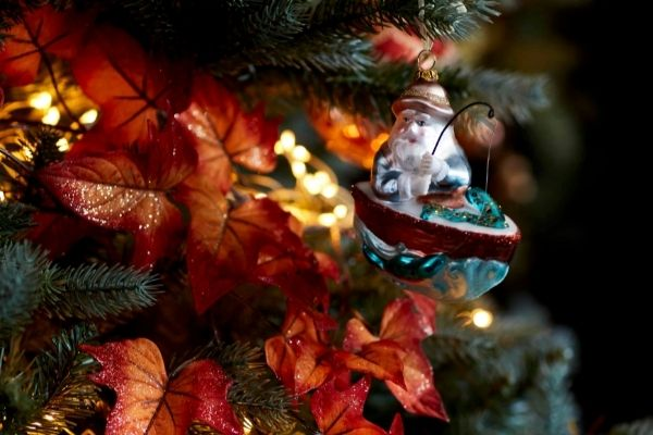 John Lewis Christmas 2021 - Copper River Tree and Santa Bauble